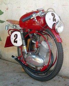Una curiosa moto con una sola rueda