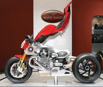 Moto Guzzi V12 LM