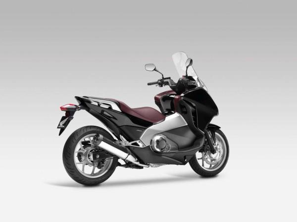 2012 Honda Integra 700: ni chicha ni limoná