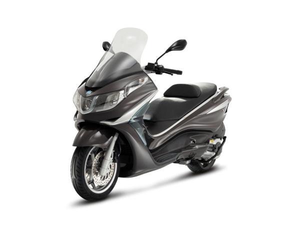 2012 Piaggio X10 500