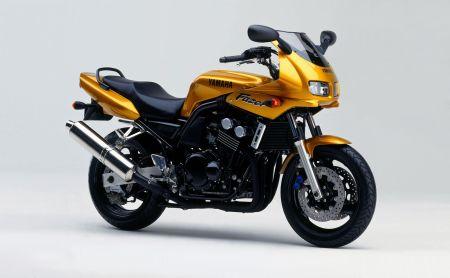 Historia de la Yamaha Fazer 1998
