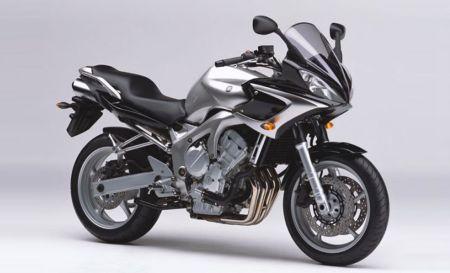 Historia de la Yamaha Fazer FZ6S 2004