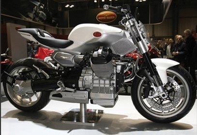 Moto Guzzi V12 Strada