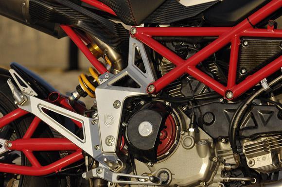 2012 Bimota DB10 B.MOTARD: otra super super motard